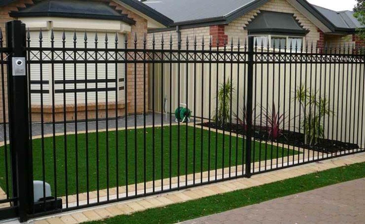 Aluminium Tubular Fencing Panels Provide Low Cost Fencing