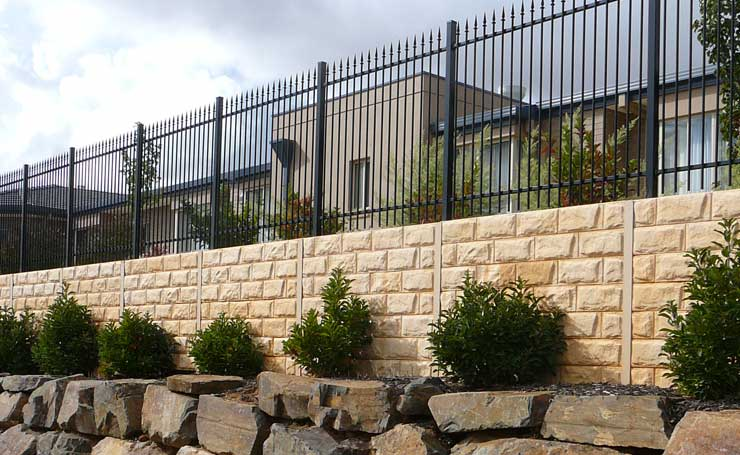 Retaining walls adelaide retaining wall installation for Space landscape construction adelaide