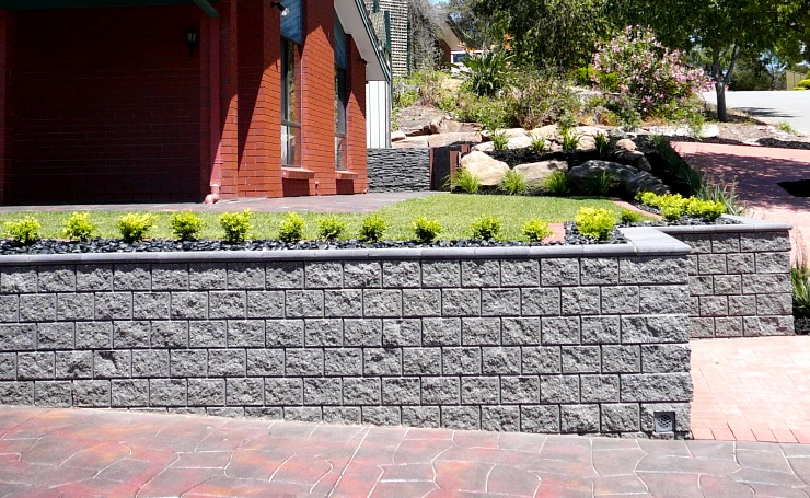 Concrete retaining wall blocks made from adelaide concrete for Landscaping rocks adelaide