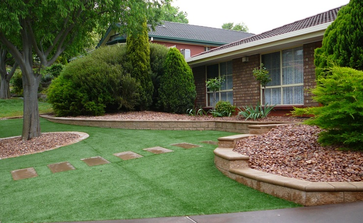 Front lawn ideas joy studio design gallery best design for Low maintenance backyard