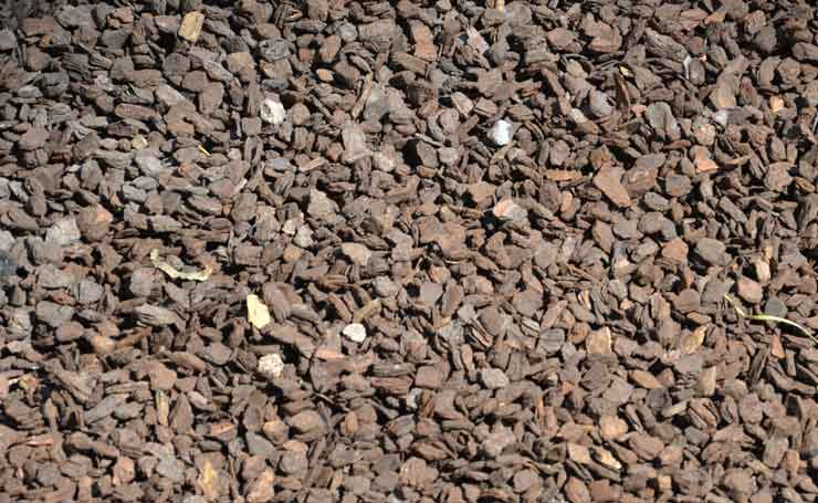 Redwood Bark Chips ~ Bark chips adelaide landscaping supplies sa