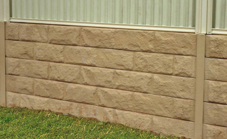 Concrete sleeper retaining walls adelaide concrete sleepers for Retaining wall contractors adelaide