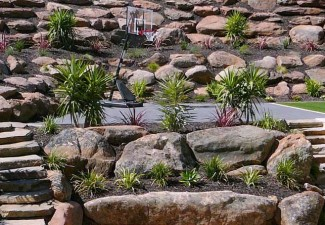 Cheap retaining walls blocks adelaide concrete retaining for Landscaping rocks adelaide