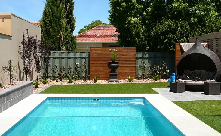 Luxurious low maintenance garden landscape design thorngate for Low maintenance garden edging