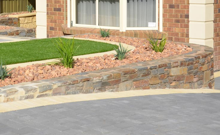 Five landscaping ideas for front gardens on a budget for Landscaping rocks adelaide