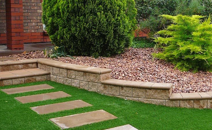 Five Landscaping Ideas For Front Gardens On A Budget.