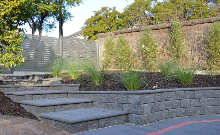 Sleepers adelaide creative sleepers concrete sleepers for Courtyard landscaping brisbane