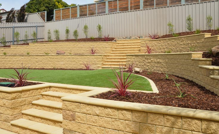 Concrete block retaining walls adelaide design examples for Paving and landscaping adelaide