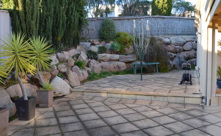 Garden landscaping makeover golden grove for Courtyard designs adelaide
