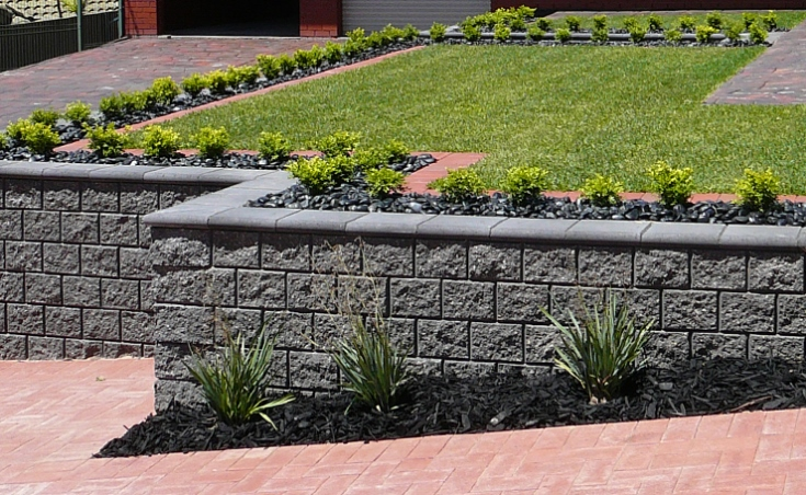 Range of retaining wall blocks available in adelaide sa for Landscaping rocks adelaide